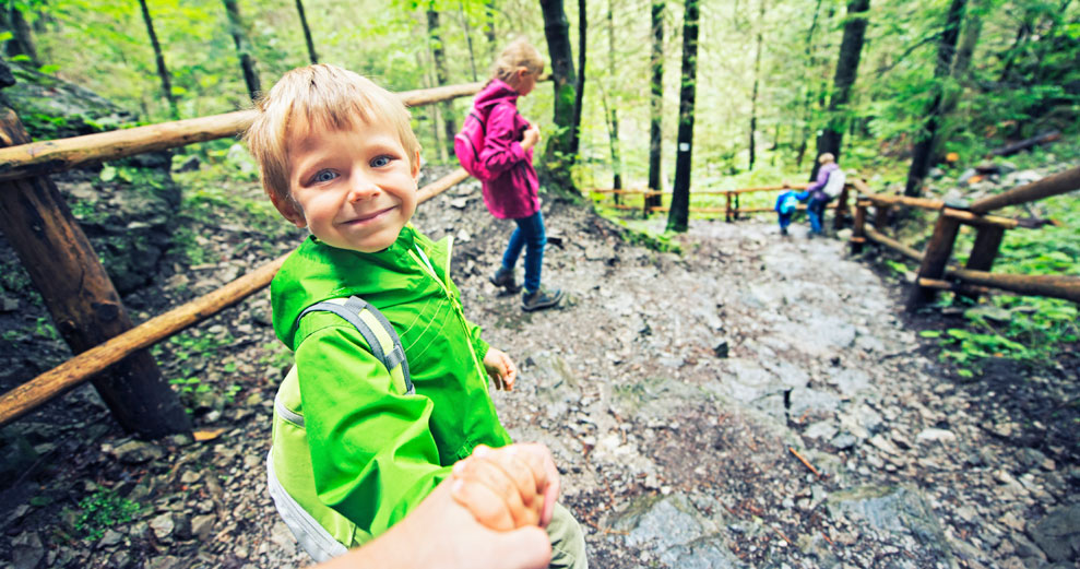 Hands-On Learning in Nature at Niagara Parks