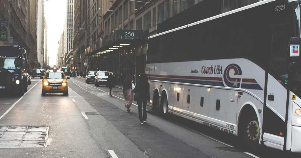 The Benefits of Traveling by Motorcoach
